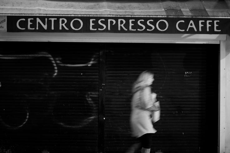 Espresso Bar, Melbourne, Australia.  © Paul Salmon.