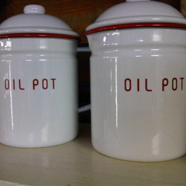 ENAMEL OIL POT
