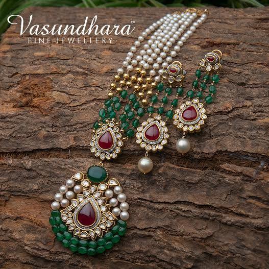 Gorgeous Gold & Jadau jewellery set beautifully designed by #VFJ. #Bridal…