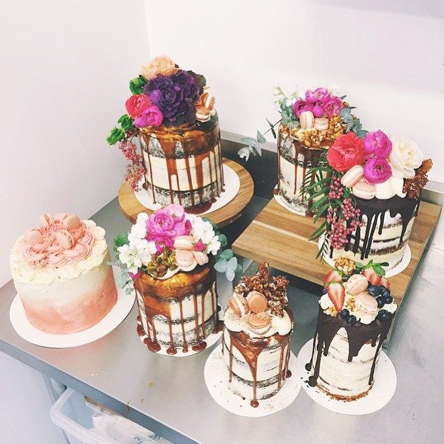 Nude cakes, these in Maroochydore