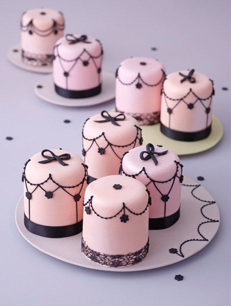 These look amazing, tiny pink cakes with delicate ribbons and trim.    ana-rosa:    via:http://dietlindwolf.blogspot.com.br