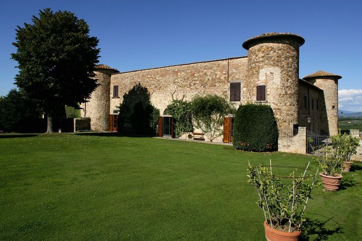 Castello di gabbiano, a special venue for your wedding in Tuscany. http://meeting-hub.net/ads/location_details/castello-di-gabbiano