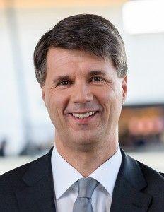 Machtwechsel bei #BMW: astro #snake Harald #Krüger neuer Konzernchef  www.stuttgarter-zeitung.de/inhalt.bmw-bmw-vollzieht-machtwechsel-krueger-neuer-konzernchef.a9529f0a-5606-42d3-bc00-c6bfea6930e1.html & #Reithofer im Aufsichtsrat http://www.stuttgarter-zeitung.de/inhalt.generationswechsel-bei-bmw-reithofer-kuenftig-im-aufsichtsrat.ee95ffc2-5759-49e0-9993-b42bbaede71b.html pict. source: http://www.automobil-produktion.de/2013/04/bmw-legt-grosse-hoffnungen-in-das-elektroauto-i3/