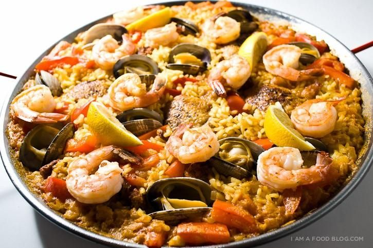 Seafood Paella: Rice is the main protagonist of the paella.  Cooked grains should remain loose in paella.  There is no variation in taste between a rice variety or other.  Cooked grain absorbs flavor and aroma from the environment (vegetables, meats, seafood, etc.). Paella rice must have two characteristics to consider: the first is the ability to absorb water and the second the resistance to burst (or open) during cooking.....