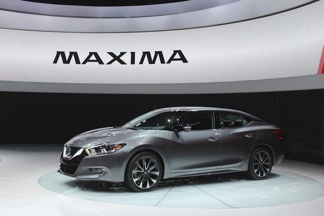 I think I will ask my mom to buy it for me. #maxima #2017