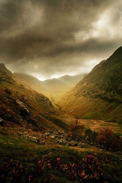 Stürme ziehen auf (Glencoe, Schottland)