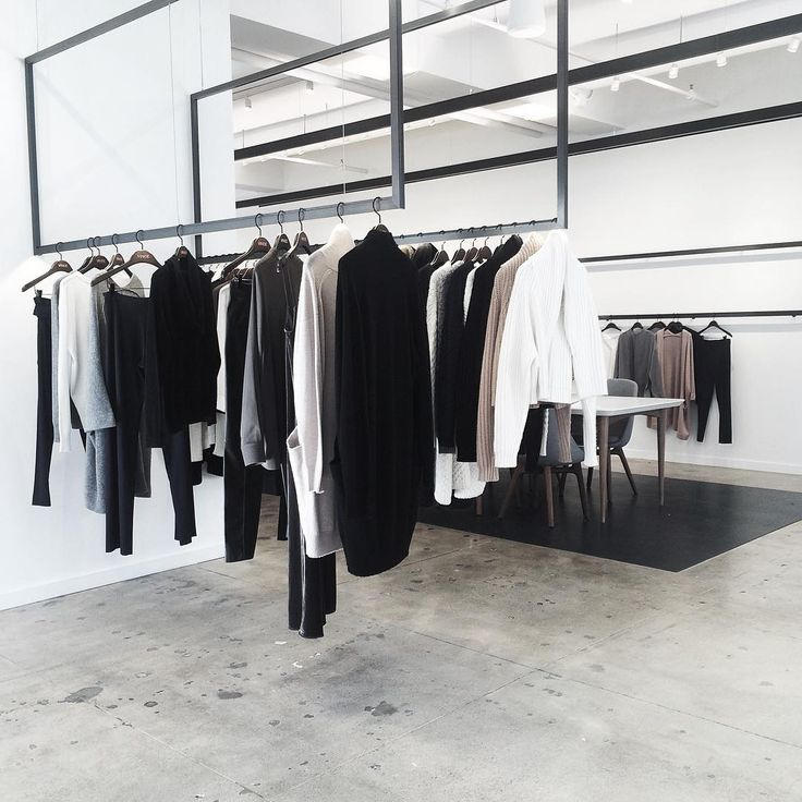 Flashback Friday to NYFW + Monochrome Showroom Hangs @vince ➰ #vince #interiors #figtny