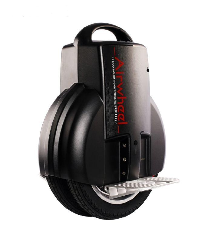 Az Airwheel Q3... nagyobb átmérőjű kerék, mint a Q1-nél, magasabb kényelem, 3 féle akkumlátor, akár 44 kilométer hatótáv!