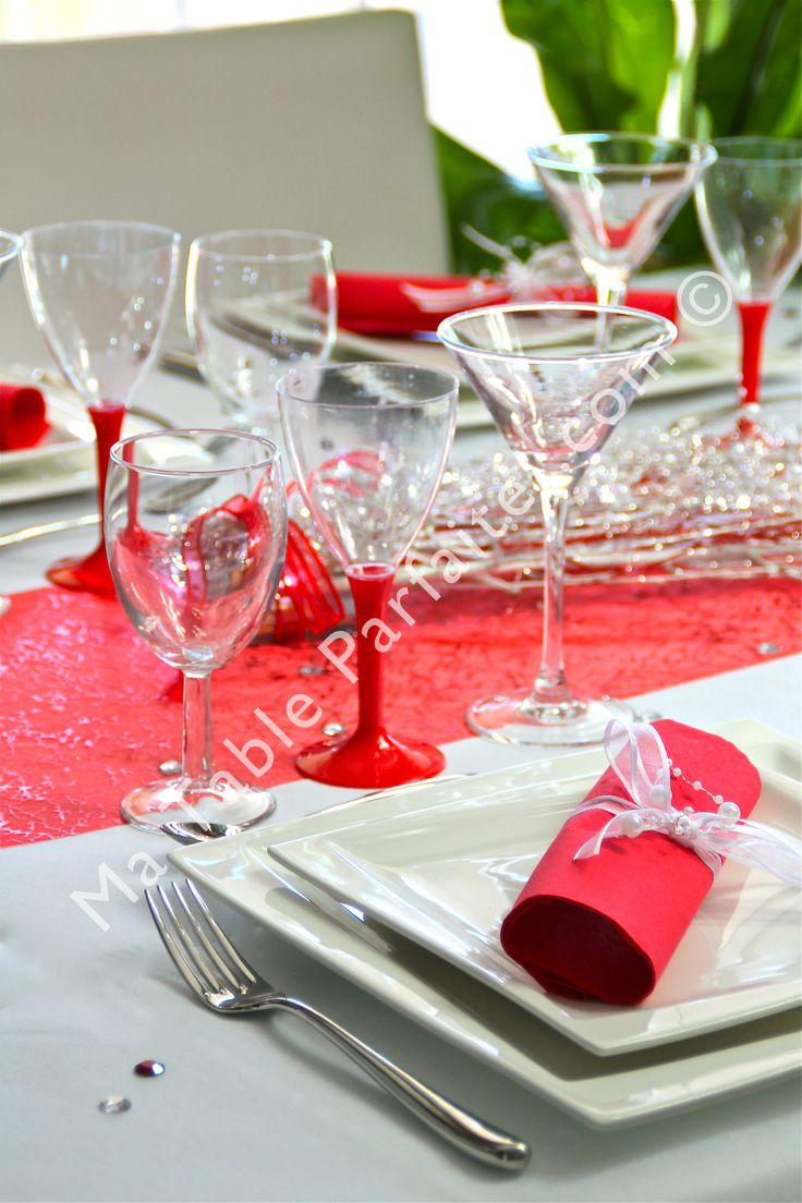 1000 images about d co de table rouge et blanc on pinterest - Decoration de table rouge et blanc ...