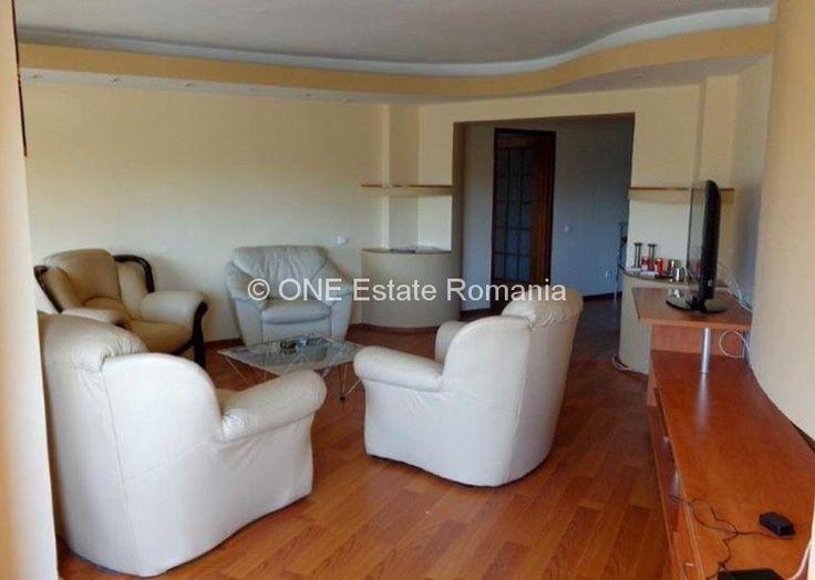 Apartament 3 camere de vanzare Unirii Solicitare Vizonare   Trimite Cerere  ONE Estate Romania va ofera un apartament 3 camere de vanzare Unirii , zona Unirii Tribunal. Apartamentul este situat la etajul 1 din 8 ,este compartimentat decomandat cu o suprafata de 105 mp , renovat , mobilat si...