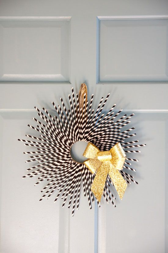Black + Gold Holiday Party Inspiration | The Lovely Find