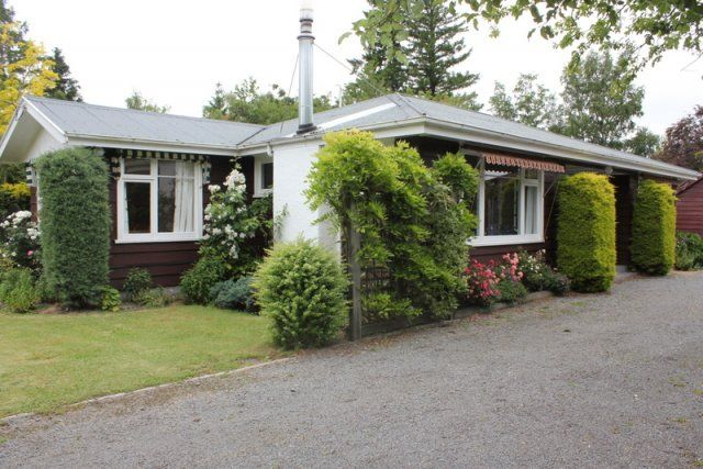 HHH Info 28 Scarborough Tce - Hanmer Holiday Homes, Hanmer Springs, New Zealand