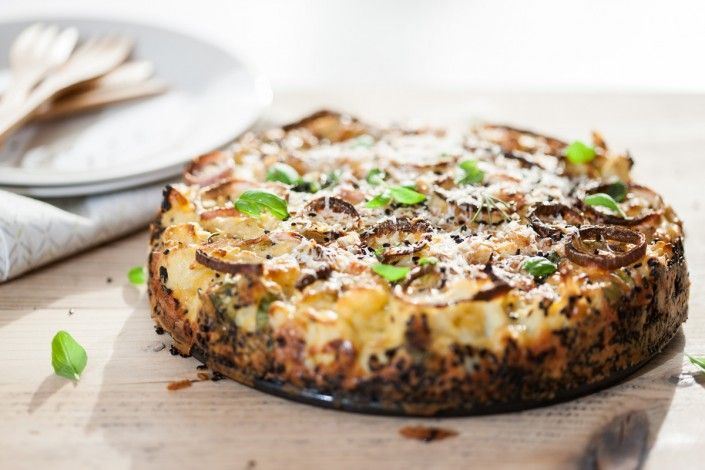 Hartige vegetarische bloemkooltaart