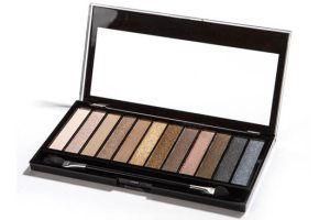 Makeup Revolution Redemption Iconic Palette i gruppen Smink / Ögon / Ögonskuggor hos Brallis AB (MURICPAL)