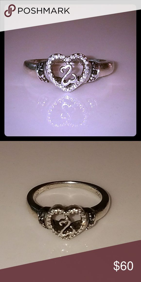 Jane Seymour Open Hearts Ring I am having a break up party! I want to get ring of anything that reminds me of him! Gently used. 1/15 ct tw Diamonds Sterling Silver Jane Seymour Jewelry Rings