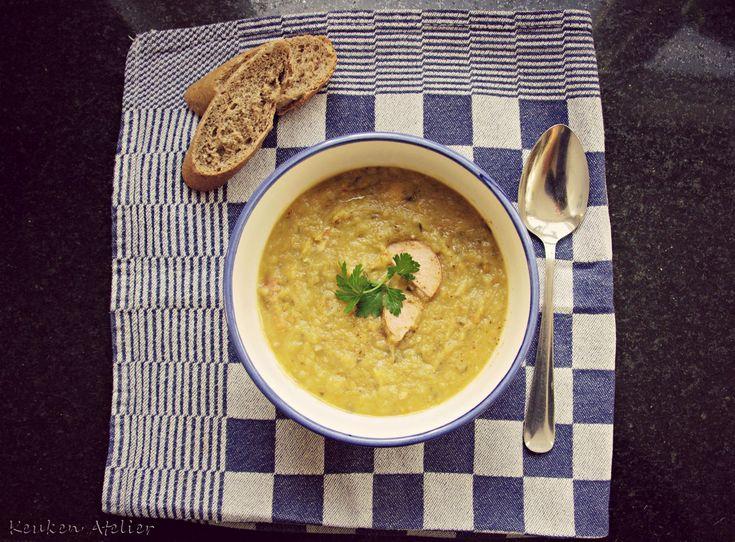 Een heerlijke erwtensoep die in een snelkookpan veel sneller klaar is dan je gewend bent. Kan ook in een gewone pan bereid worden, zie het recept.