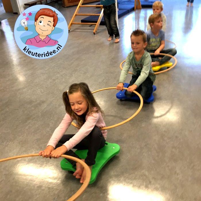 Gymles voor kleuters met rollerboards 6, kleuteridee