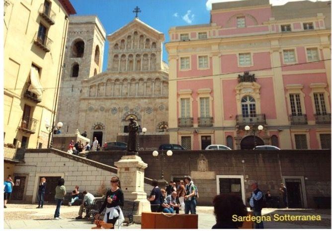 Buongiorno <3 questa domenica, 18 dicembre, non perdete il Tour organizzato da Sardegna Sotterranea: alla scoperta di un'isola misteriosa per le vie del centro storico di Cagliari! Tutte le info al seguente link ;)