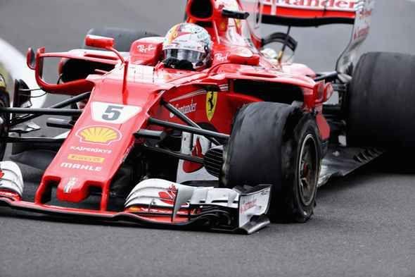 F1, Pirelli: foratura lenta pe Vettel, ma la spiegazione non convince. Lunghe e approfondite analisi la Pirelli hanno confermato che il cedimento del pneumatico di Sebastian Vettel è stato provocato da una foratura. #f1 #ferrari #pirelli #silverstone