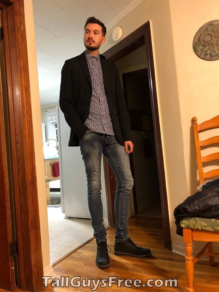 Attractive Looking 6ft9 Man Tall Guys Fashion Style