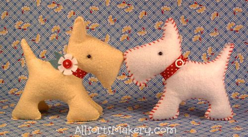 A simple, but very cute scotty dog pattern!      Note: If you tweak the pattern a bit, you can make it look more like a schnauzer too!