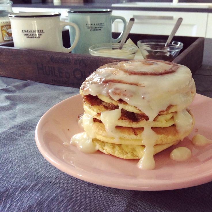 Cinnamom roll pancakes