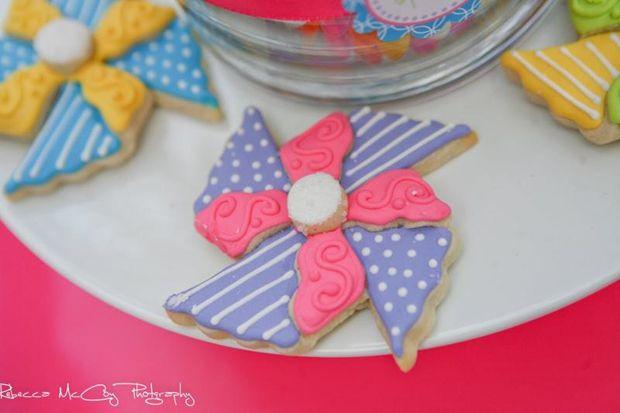 pinwheel cookies!: Pinwheel Cookies, Birthday Parties, Pinwheels Sugar Cookies, Parties Ideas, Pinwheels Cookies, 2Nd Birthday, Pinwheels Parties, Girls Parties, Birthday Ideas