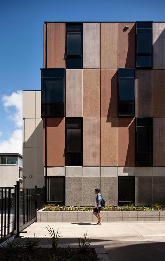Carlaw Park Student Village / Warren and Mahoney. Imagem © Simon Devitt