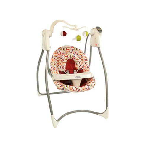www.bebekdunyasi.com.tr Graco Lovın Hug Salıncak  6 hız ayarlı 4 pozisyonlu yatırılabilir koltuk 5 noktalı emniyet kemeri Müzikli ve otomotik kapanması için zamanlayıcı Çıkarılabilir baş koyma yeri Görsel heyecan için 3 yumuşak oyuncak mobil 13 kg kadar kullanılabilir