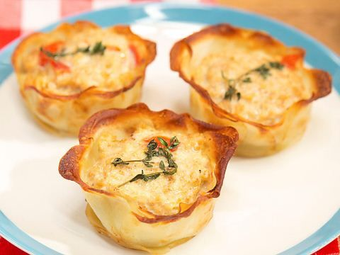 get this all star easy to follow mac and cheese muffins recipe - Meatloaf Recipes Ina Garten