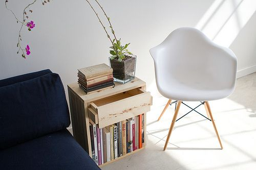 Easy build side table.
