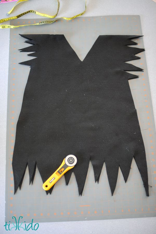 DIY Peter Pan's Escaped Shadow Costume (or Just a Regular Peter Pan Costume) | TikkiDo.com