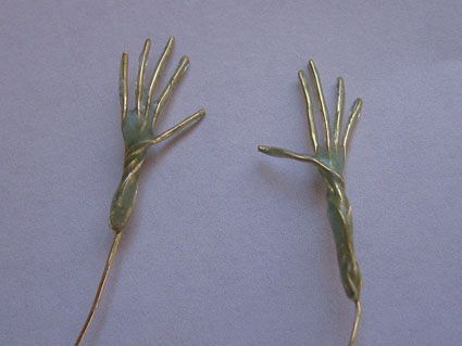 Building hands and feet over an armature | Dollworld