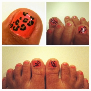Coral Leopard Toe nails...so cute...so over zebra, loving the leopard though