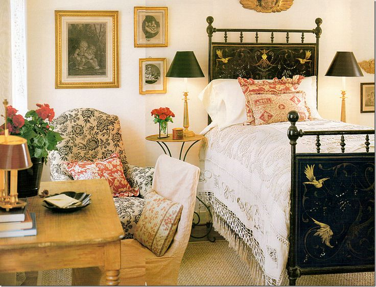 Darling Bedroom In Houston Interior Designer Jane Moores Former Georgian Styled Home Decorated The English Country Antique Tole Painted Bed And Pine
