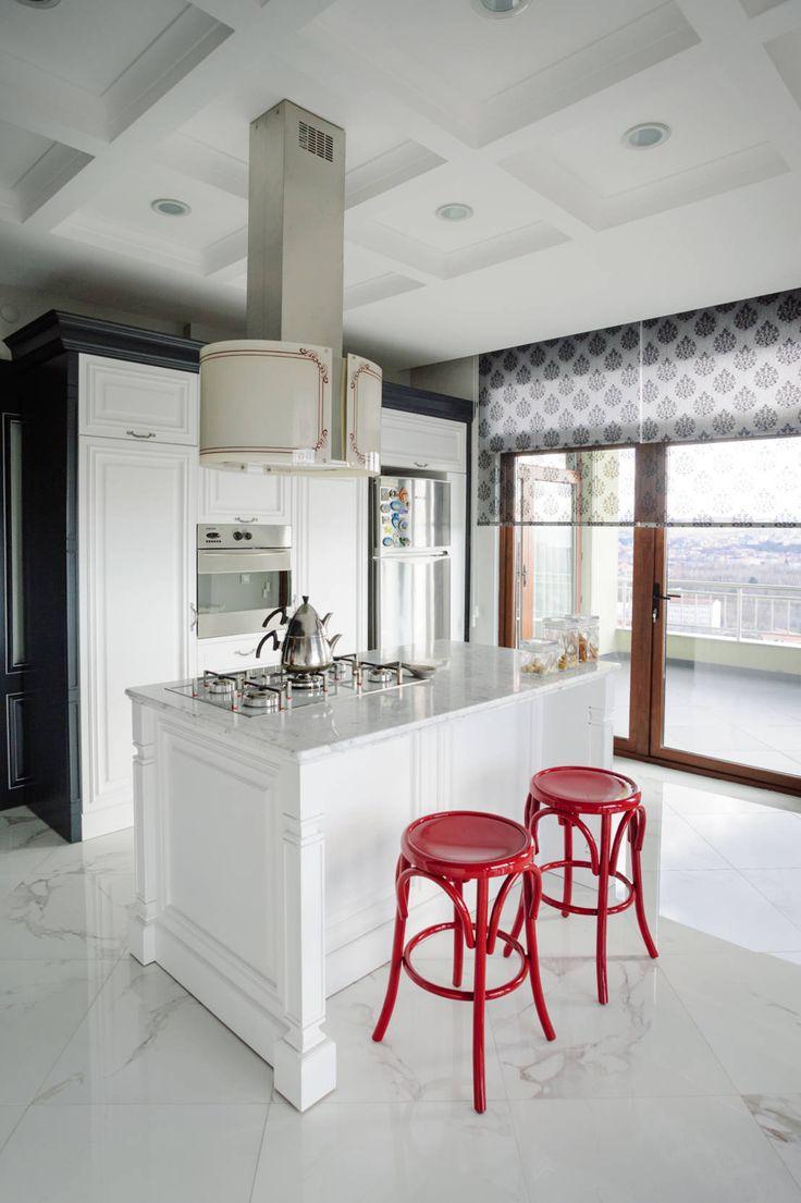 Koyu renkli modern bambu mutfak dolab modeli moda dekorasyonlar - Beyaz Dekorasyon P R L P R L Bir Mutfak