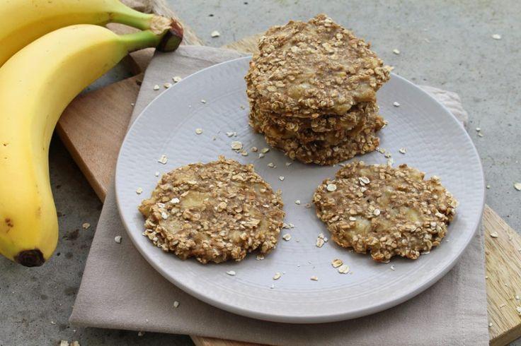 Rezept: Gesunde Bananen-Haferflocken-Kekse {nur 2 Zutaten, ohne Zucker}