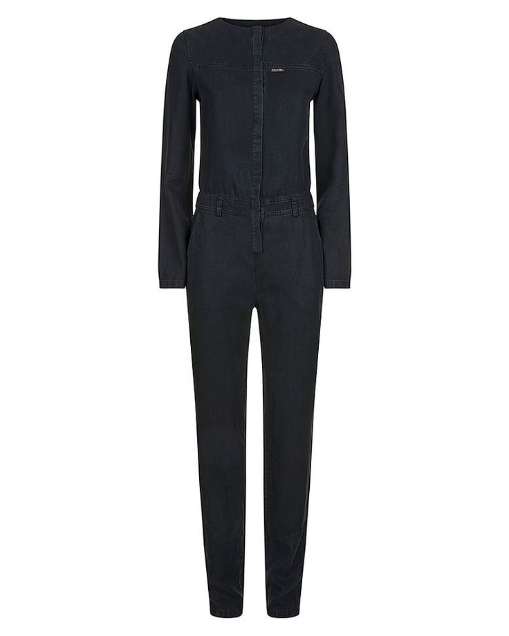Opt for an all-in-one look this spring with this relaxed fit jumpsuit. In a soft cotton denim with a button up front, roll the cuffs up and down for easy styling. Wear alone or unzipped over a cool vest for London style.