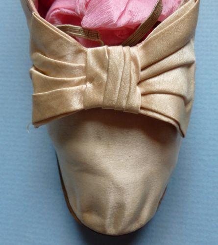Пара викторианский розовый шелк атлас танцевальные туфли с декоративными бантами | eBay