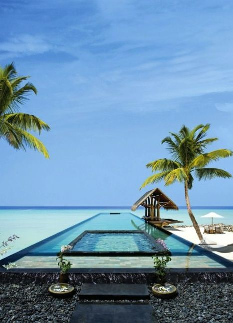 A pool on top of the ocean...who would have thought.