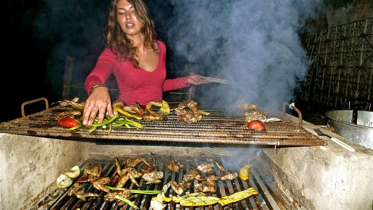 BBQ en Alegria´s Hostel Bogota Colombia