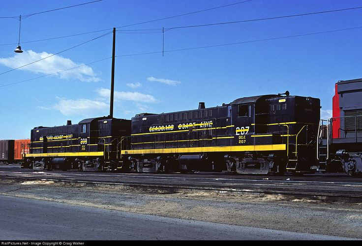 RailPictures.Net Photo: OCE 207 Oregon, California & Eastern Baldwin RS-12 at Bloomington, California by Craig Walker