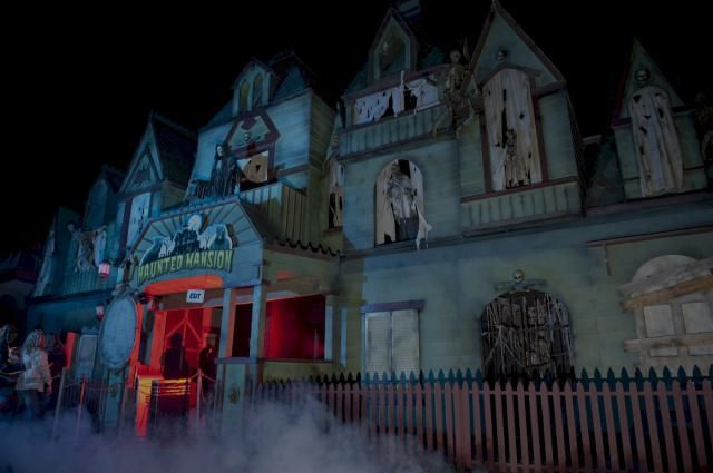 Top 10 Vancouver Halloween Events & Attractions 2014: Fright Nights at the PNE