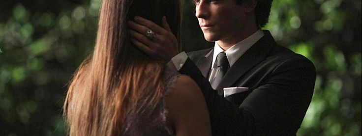 The Vampire Diaries temporada 6, episodio 22, 'I'm Thinking of You All the While'