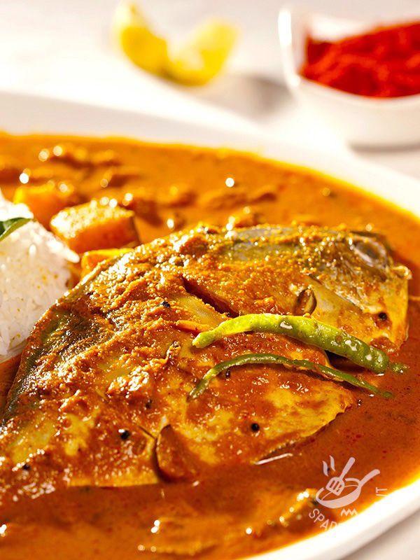 L'Orata al curry con riso è un ottimo piatto. Saporito e leggero, delizierà i vostri commensali facendovi fare un figurone in cucina!