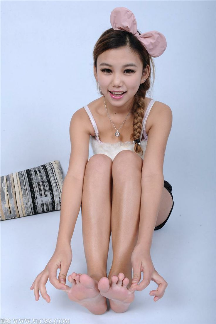 asian pretty feet