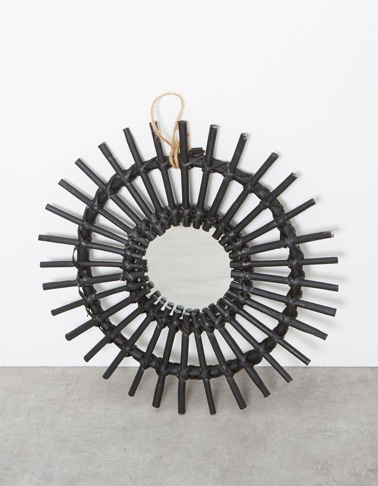 les 25 meilleures id es de la cat gorie miroir soleil sur pinterest miroir en rotin id es de. Black Bedroom Furniture Sets. Home Design Ideas