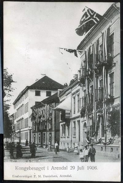 Kongebesøket i Arendal 29. juli 1906. Foto eneberettiget: P.M. Danielsen, Arendal
