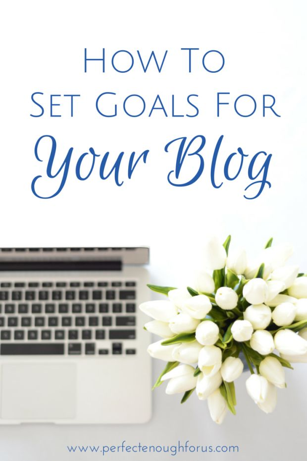 How do you set goals for your blog? Do you have a plan mapped out or do you just hope for the best? Here's how I organise and track my goals for my blog.