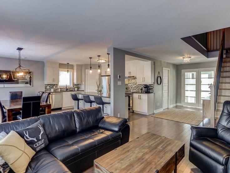 Magnifique Maison A Etages A Vendre Au 2100 Rue De L Estran A Saint Jerome Voir Autres Photos In 2020 Home Decor Home Furniture